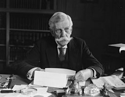 Oliver Wendell Holmes Jr. Quelle: https://commons.wikimedia.org/wiki/File%3AOliver_Wendell_Holmes_Jr_c1924.jpg
